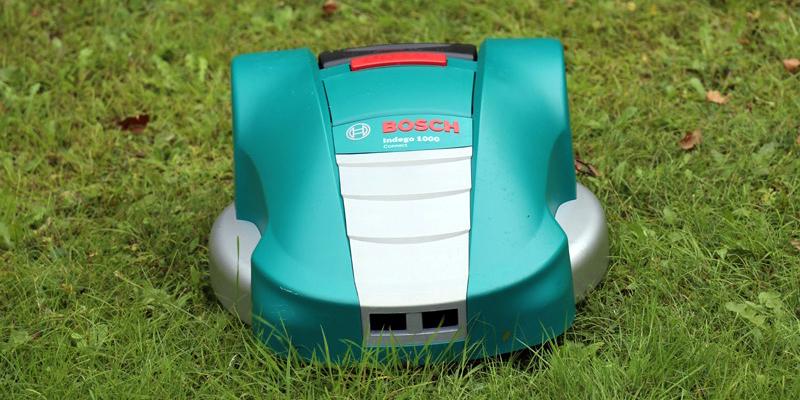 Photo du robot tondeuse Bosch Indego 1000 Connect
