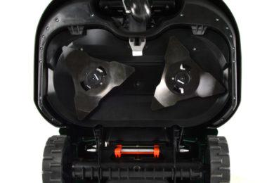 Photo des lames d'un robot tondeuse robomow